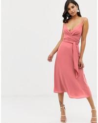 Vestido cruzado rosado de ASOS DESIGN