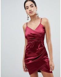 Vestido de fiesta de satén rojo de AX Paris