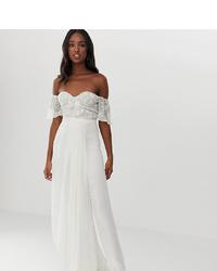 Vestido de noche de encaje bordado blanco de Virgos Lounge Tall