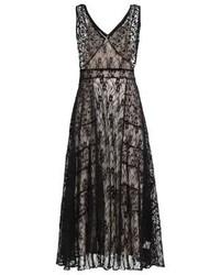 Vestido de Noche de Encaje Negro de Derhy