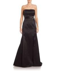 Vestido de noche de satén negro