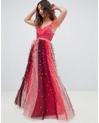 Vestido de noche de tul con adornos burdeos de Needle & Thread