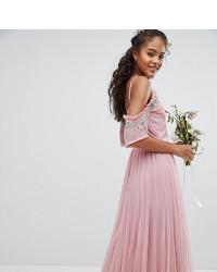 Vestido de noche de tul con volante rosado de Maya Tall
