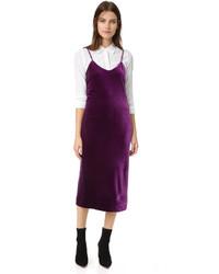 Vestido de terciopelo morado oscuro de Rebecca Minkoff