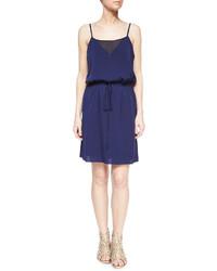 Vestido de tirantes de seda azul marino