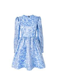 Vestido de vuelo con print de flores celeste de Calvin Klein 205W39nyc