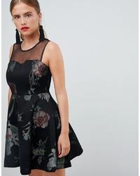 Vestido de vuelo con print de flores negro de New Look