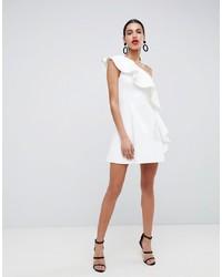 Vestido de vuelo con volante blanco de ASOS DESIGN