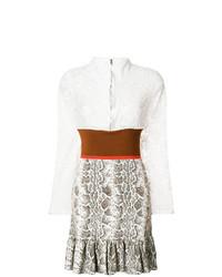 Vestido de vuelo de encaje blanco de Chloé