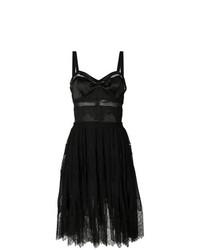 Vestido de vuelo de encaje negro de Ermanno Scervino