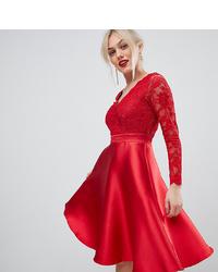 Vestido de vuelo de encaje rojo de City Goddess Petite