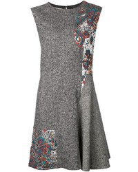 Vestido de vuelo de lana gris de Stella McCartney
