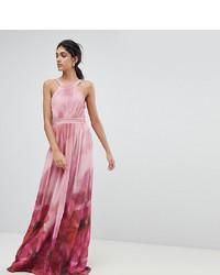 Vestido largo con print de flores rosado de Little Mistress Tall