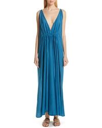 Vestido largo de seda en verde azulado