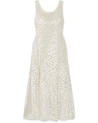 Vestido largo de terciopelo blanco