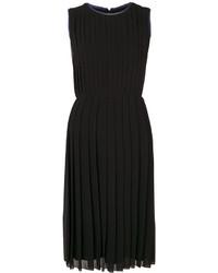 Vestido plisado negro de Paul Smith