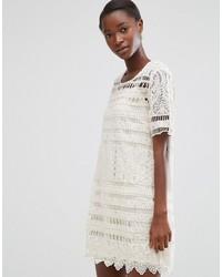 Vestido recto de crochet blanco de Mango