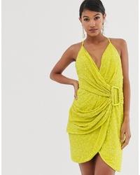 Vestido recto de lentejuelas amarillo de ASOS DESIGN