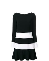 Vestido recto de rayas horizontales en negro y blanco