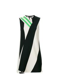 Vestido recto en blanco y negro de Calvin Klein 205W39nyc