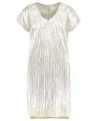 Vestido recto plateado de Saint Tropez