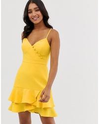 Vestido skater amarillo de Forever New
