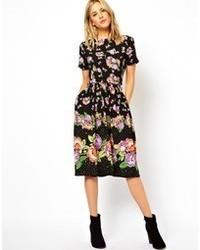 Vestido Skater de Flores Negro de Asos