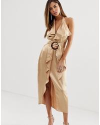 Vestido tubo de satén con volante dorado de ASOS DESIGN