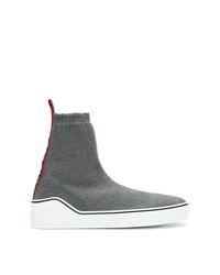 Zapatillas altas en gris oscuro de Givenchy