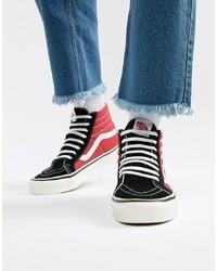 Zapatillas altas en rojo y negro de Vans