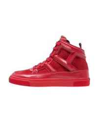 Zapatillas altas rojas de Louis Leeman