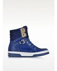 984e3d15833 Cómo combinar unas zapatillas azules (71 looks de moda)