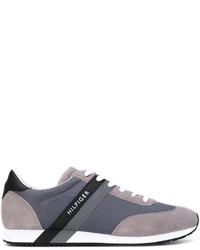 Zapatillas de ante en gris oscuro de Tommy Hilfiger