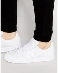 Zapatillas de cuero blancas de adidas