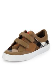 Zapatillas marrón claro