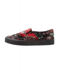Zapatillas Slip-on con print de flores Negras de New Look