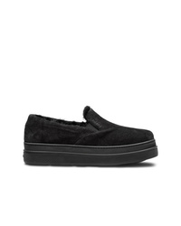 Zapatillas slip-on de ante negras de Prada