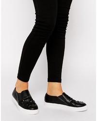 Zapatillas slip-on de cuero con adornos negras de Asos