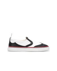 Zapatillas slip-on de cuero en blanco y negro de Thom Browne