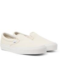Comprar unos zapatos blancos Vans de MR PORTER | Outfits