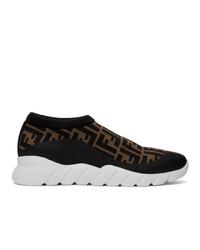 Zapatillas slip-on de lona en marrón oscuro de Fendi