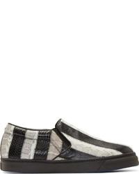 Zapatillas slip-on de rayas horizontales en blanco y negro de CNC Costume National