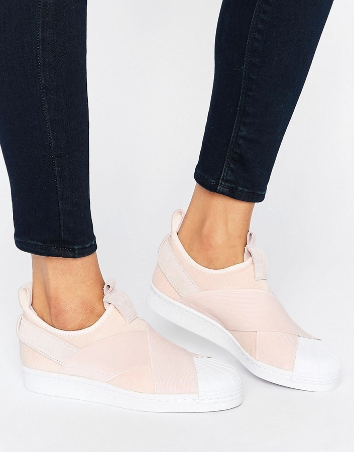 235aa58a Zapatillas slip-on rosadas de adidas, €75   Asos   Lookastic España