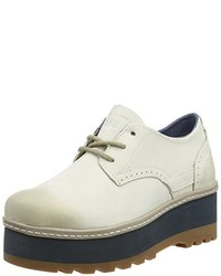 Zapatos blancos de Caterpillar