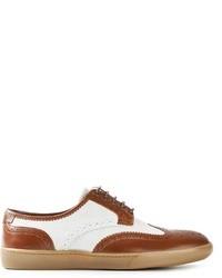 Zapatos brogue de cuero en blanco y marrón de Swear