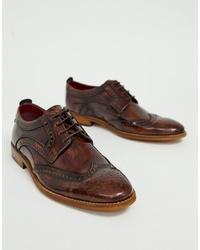 Zapatos brogue de cuero en marrón oscuro de Base London