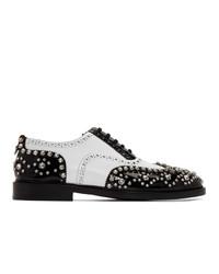 Zapatos brogue de cuero en negro y blanco de Burberry