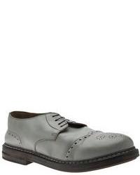 Zapatos brogue de cuero grises