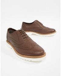 Zapatos brogue de cuero marrónes de Ben Sherman