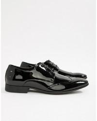 Zapatos brogue de cuero negros de MOSS BROS